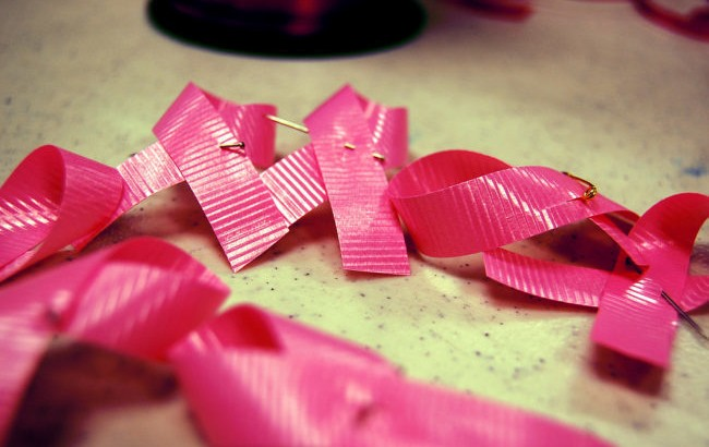 10 things wrong with the pink ribbon